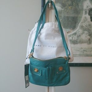 NWT! Marc Jacobs Turnlock Percy Crossbody